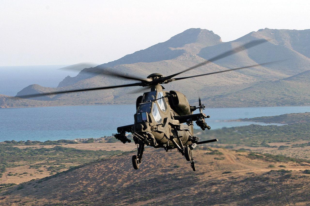 l hélicoptère italien mangusta