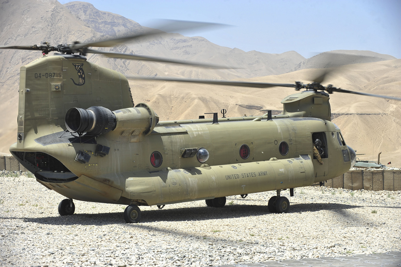CH47 Chinook - US Army (2) // HELICO PASSION