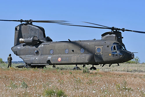 Hélicoptère CH47 Chinook FAMET