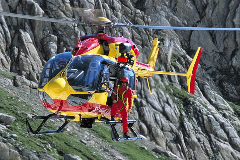 Helico passion ec145 s curit civile - Helicoptere jaune et rouge ...