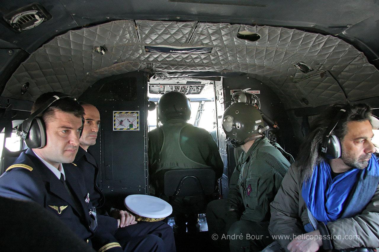Helico passion gap 2009 arriv e en h licopt re puma gap for Interieur helicoptere