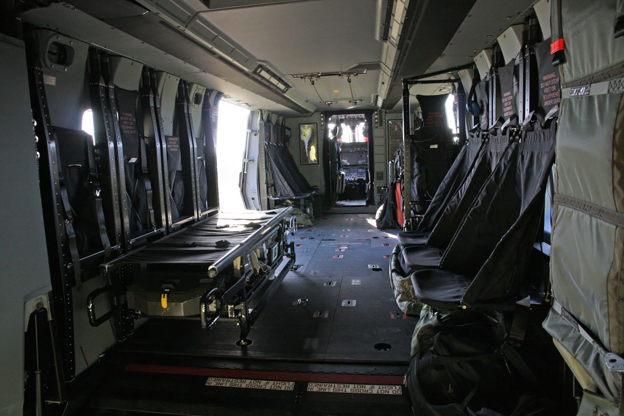 Helico passion massa 2013 nh90 tth esercito for Helicoptere interieur