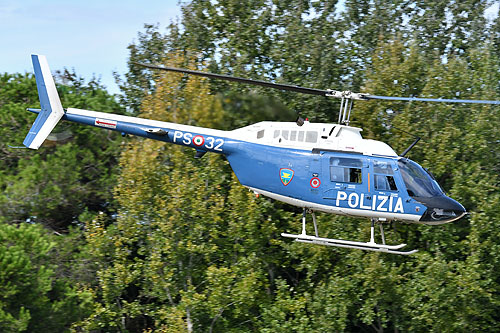 Hélicoptère AB206 JetRanger PS-32 Police italienne