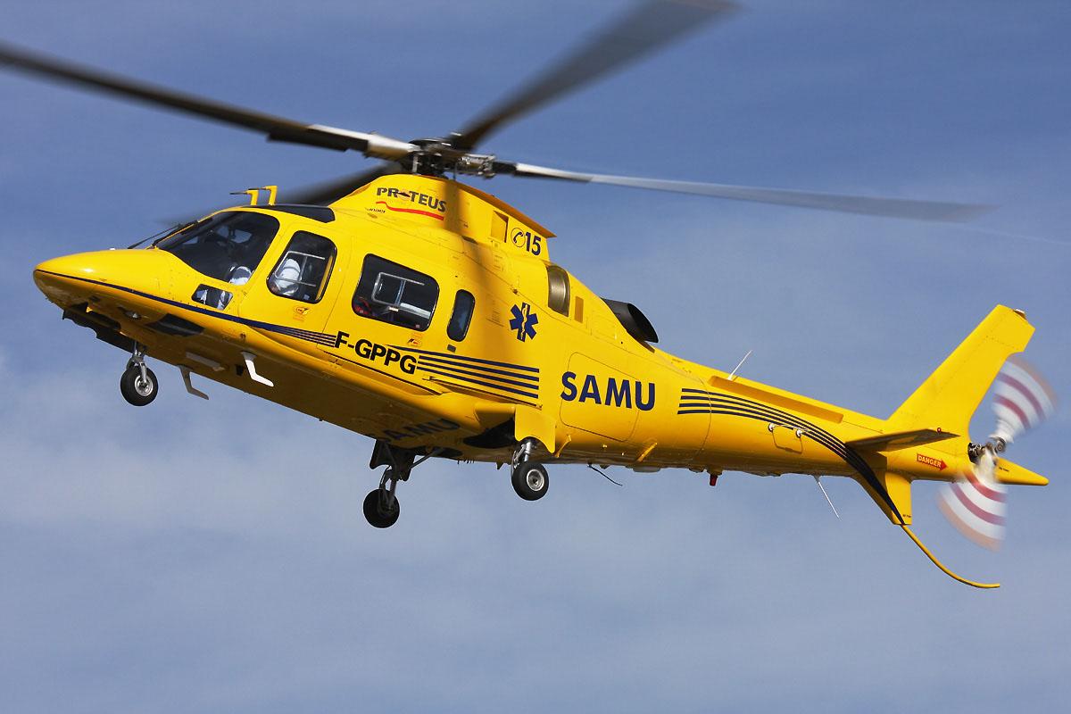Helico passion les h licopt res du samu en france - Helicoptere jaune et rouge ...