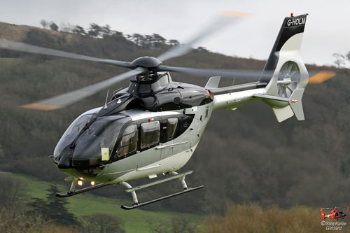 Hélicoptère AIRBUS HELICOPTERS EC135 T2 G-HOLM