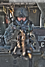 Door gunner sur un UH60 Blackhawk