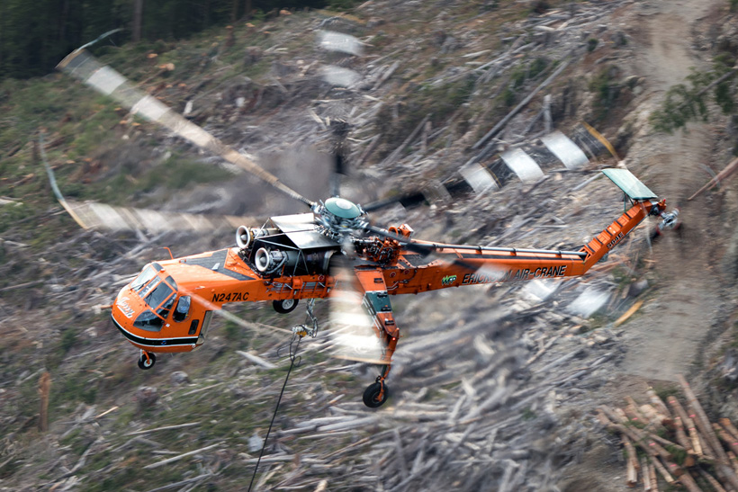 Canadian S64 AirCrane helicopter