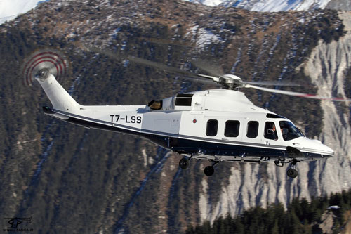 Hélicoptère AW139 T7-LSS