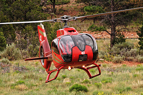 Hélicoptère EC130 de Grand Canyon Helicopters