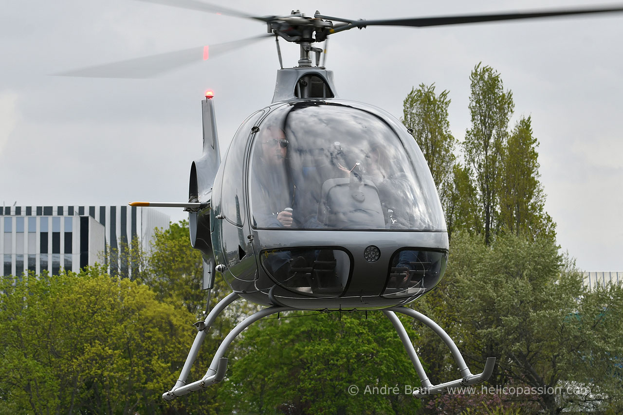 dating piloți de elicoptere)